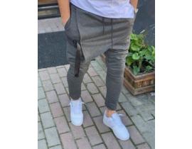Pantaloni cu tur si catarame