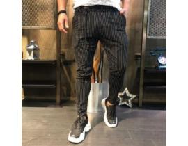 Pantaloni sport in dungi pentru barbati